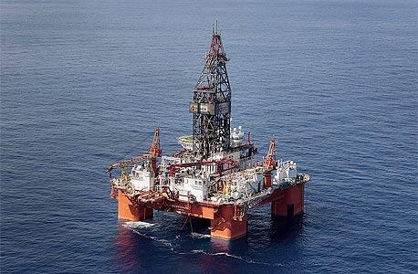 קידוח נפט ימי, צילום: בלומברג