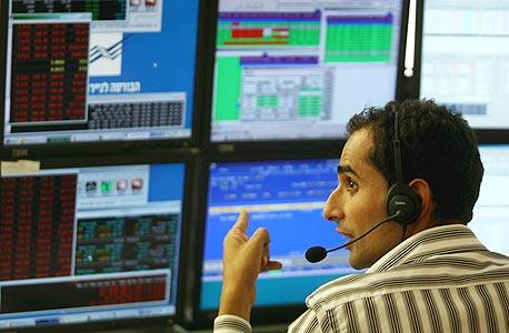 """סיכום נובמבר בבורסה: הבנקים קפצו ב-6.7%, הנדל""""ן ירד ב-3.9%"""