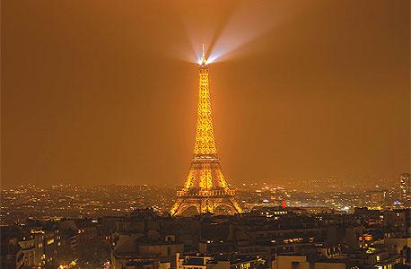 """ביהמ""""ש בצרפת: מס העשירים מנוגד לחוקה"""