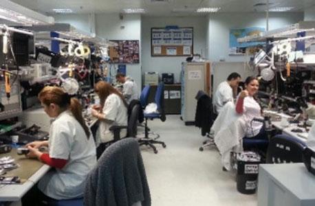 פלאפון מעבדה מרכזית מרכז לוגיסטי עבודה ממשיכה כרגיל למרות ה שביתה, צילום: דגנית קרמר
