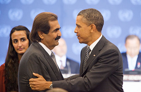 ברק אובמה ושליט קטאר חמד בן חליפה אל תאני, צילום: בלומברג