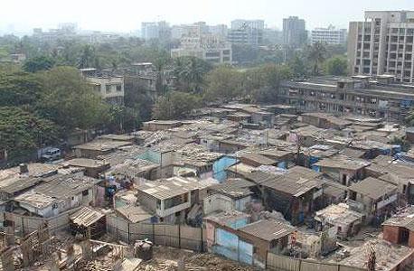 הפחונים במומבאי שייהרסו וייבנו מחדש בהתאם לפרויקט של לוינשטיין