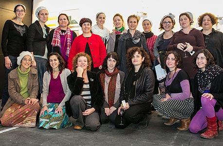 אמניות הסטודיו בשבוע העיצוב בירושלים, צילום: אוהד צויגנברג