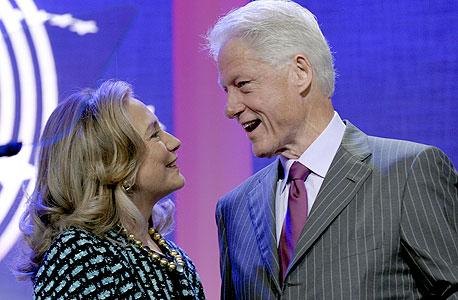 """ביל והילרי קלינטון. """"שכר שערורייתי להרצאה"""""""