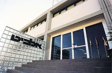 כניסה ל בניין של חברת אלביט ב מגדל העמק, צילום: אלעד גרשגורן