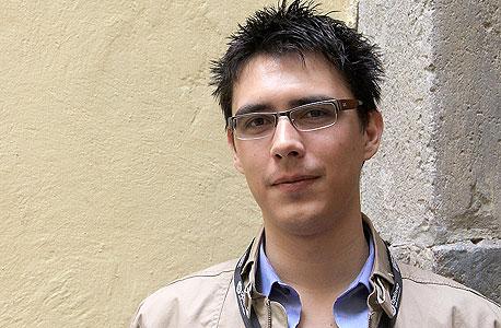 ג'ורדי מונוז. נער מטיחואנה, בלי השכלה ועם המון כישרון, הוא הפנים של המהפכה הזאת
