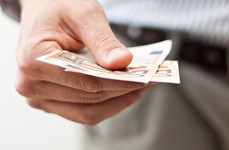 האם הלקוח שלכם גם יכול לשלם?