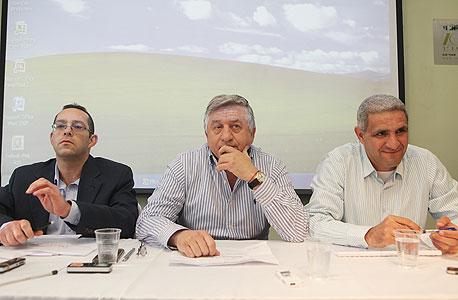 ישיבת בעלי אגח אלביט הדמיה עם יור החברה שמעון יצחקי, צילום: אוראל כהן