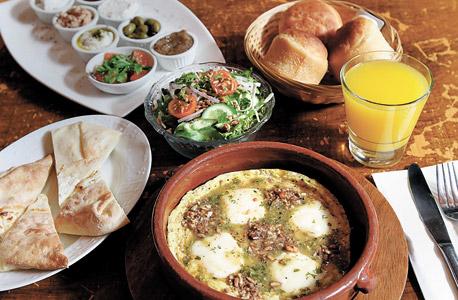 פנאי מסעדות גיאורגיות חצ'אפורי תל אביב, צילום: אריאל בשור