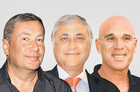 מימין: אילן בן דב, מוטי זיסר ונוחי דנקנר