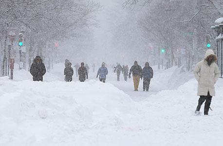 """ארה""""ב: צניחה של 16% בבניית בתים חדשים בשל מזג האוויר הקשה"""