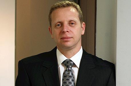 """עו""""ד שולי גולדבלט. טוען כי פישביין פעל במטרה לסכל את קבלת התמורה המירבית בעבור נכסי החברה"""