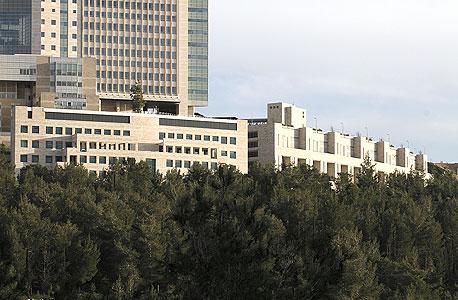 מתחם של חברת מנרב ב בית ה חולים הדסה עין כרם, צילום: מיקי נועם אלון