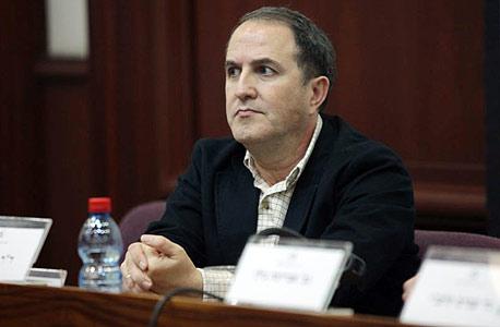 ראש עיריית אשדוד יחיאל לסרי. להחיל על תוכניות ישנות חוקים חדשים