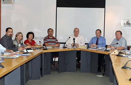 חברי הוועדה