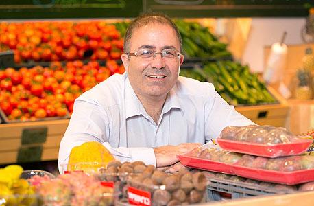 """""""הצרכן מבין שמי שמוכר עגבנייה בשקל השתגע"""""""