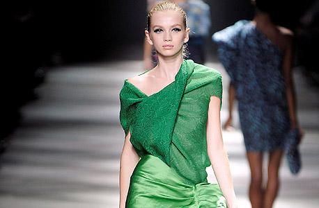 מוסף באזז 18.3.13 יוסי קצב השראה תצוגת אופנה אלבר אלבז, צילום: אימג'בנק, Gettyimages