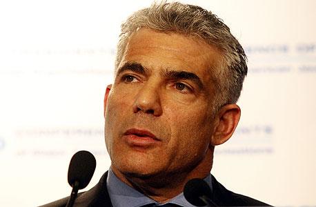 """לפיד. """"יש בישראל התקפה פופוליסטית מתמשכת נגד המגזר העסקי"""""""