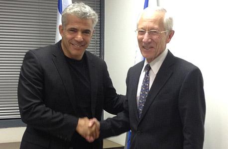 יאיר לפיד שר האוצר סטנלי פישר נגיד בנק ישראל