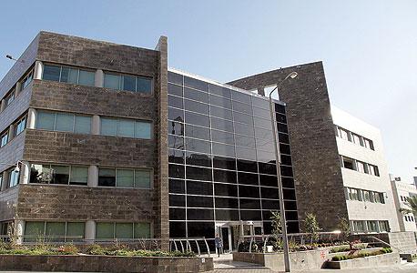 משרדי חברת ארד טכנולוגיות ביקנעם עילית. שוק שמגלגל 95 מיליון שקל בממוצע מדי שנה, צילום: זהר שחר