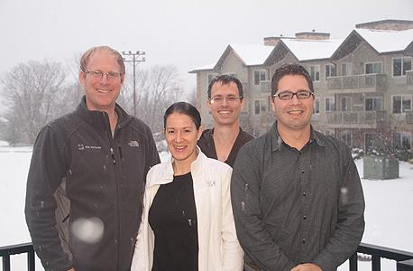 """רון יקותיאל, מנכ""""ל קלטורה (משמאל) ובכירי החברה. מתקרבים לרווחיות במהירות, אבל לא מתכננים הנפקה, צילום: אלון פורטנוי"""