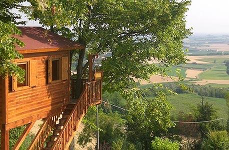 Italian tree house, פידמונט צפון איטליה. 135 דולר ללילה
