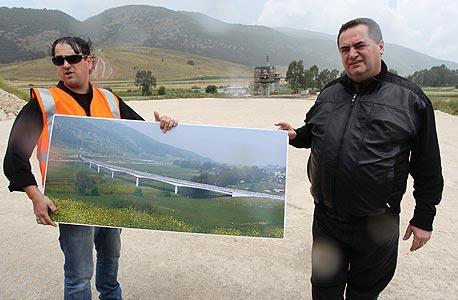שר התחבורה ישראל כץ רכבת העמק רכבות, צילום: גיל נחושתן