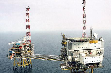 אסדת קידוח של סטאטויל. הטורבינה הראשונה בעולם להפקת חשמל ממים בהיקף מסחרי
