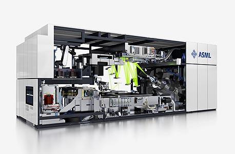 מכונת ייצור שבבים של ASML. החברה ממחזרת 83% מהזבל המסוכן שהיא מייצרת