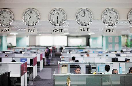 מרכז מיקור חוץ של חברות ביג דאטה בבנגלור, הודו. עיקר המשימה הוא מציאת הנוסחה