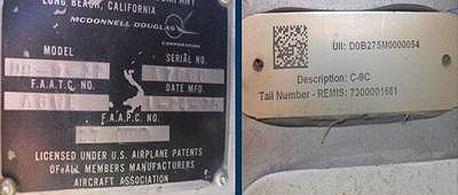 לוחיות הזיהוי של המטוס