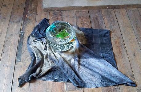 מיצב מתוך התערוכה של יואן ראיין