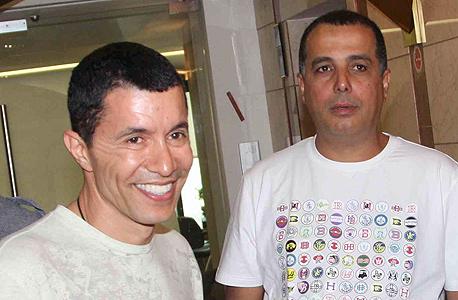 אלי טביב ועמוס לוזון. חבר של המשפחה, צילום: טל שחר