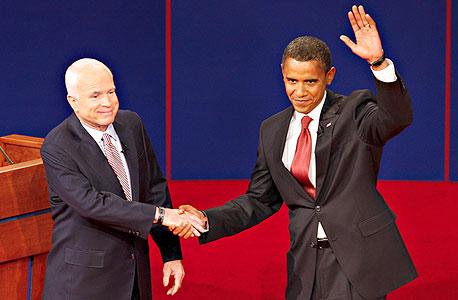 מימין ברק אובמה משמאל ג'ון מקיין, צילום: בלומברג