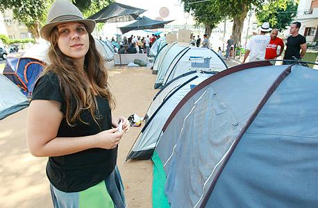 """דפני ליף במאהל בתל אביב. """"במקומות עם הרבה מחאה יש גם הרבה חדשנות"""" , צילום : שאול גולן"""