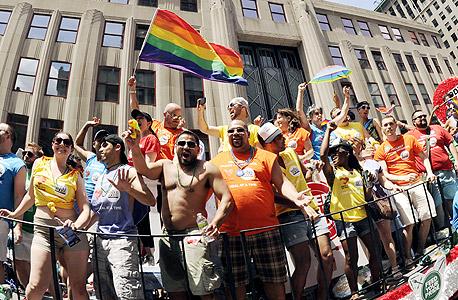 מצעד הגאווה בניו יורק. הומואים אינם בהכרח יצירתיים, אבל יצירתיים אוהבים להיות ליד הומואים , צילום : איי אף פי