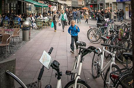 אופניים בדנמרק, צילום : איי אף פי