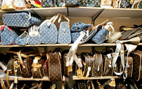 העשירים הסינים נוטשים את מוצרי היוקרה. מה עוד אפשר למכור להם?