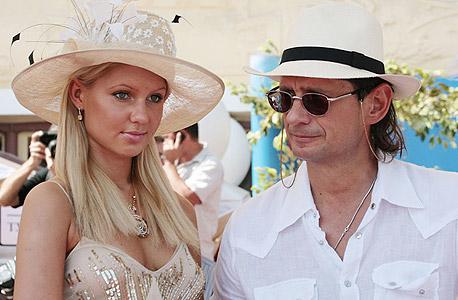 האוליגרך דימיטרי ריבולובלב ובתו יקטרינה; תלמדי באוניברסיטה בניו יורק, קבלי דירת יוקרה