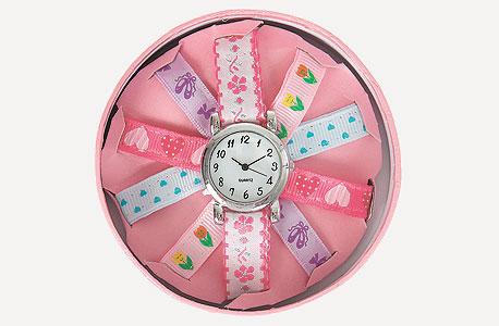 מוצרי אקססורייז לונדון. שעון מעוצב, צילום: אבי ולדמן
