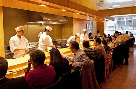 """המסעדה היפנית """"סושי יאסודה"""" בניו יורק"""