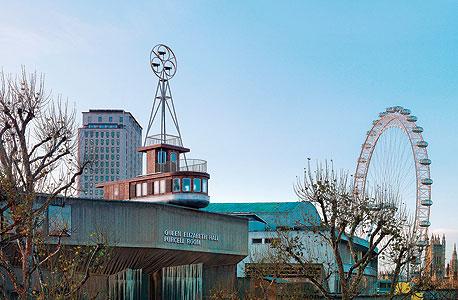 """A Room for London. האדריכל דיוויד קוהן: """"זה עונג ילדותי ממש לצפות בספינה הזאת שיושבת על גג"""""""