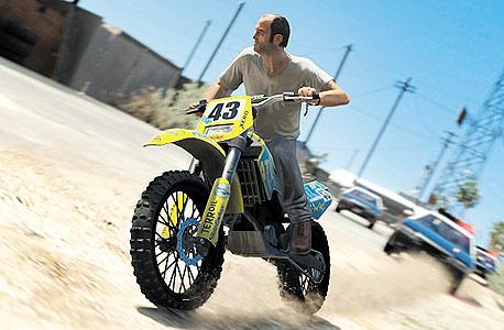 GTA V. מתאים לאקסבוקס 360 ופלייסטיישן 3