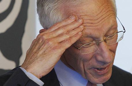 סטנלי פישר עוזב, צילום: עטא עוויסאת