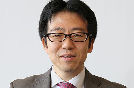 """פרופ' סקי אובטה: """"הבעיה ביפן היא הזדקנות וקיטון של האוכלוסייה, דפלציה היא רק סימפטום. כדי ליצור ביקוש אמיתי לא מספיק להדפיס כסף"""""""