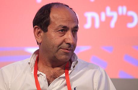 רמי לוי הפקות: מגייס את יצרניות המזון למופע חנוכה