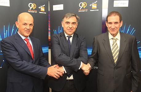 הסכם בין חברת החשמל ל קבוצת המשקיעים בראשות ViaEuropa, צילום: יוסי וייס