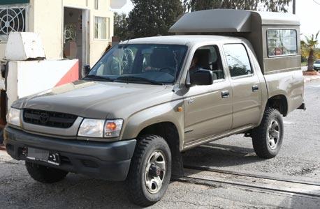 """רכב צה""""ל טנדר מכונית, צילום: שאול גולן"""