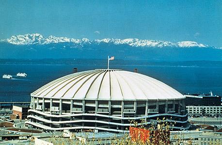 איצטדיון קינגדום בסיאטל בימי תפארתו