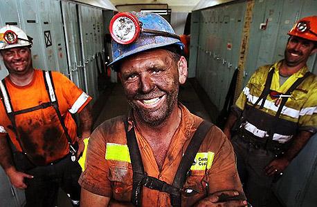 עובדי מכרות באוסטרליה, העלאת גיל הפרישה צפוייה לפגוע בעובדי הכפיים